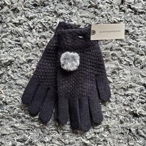 Anthropologie Gloves w Faux Fur Bobble